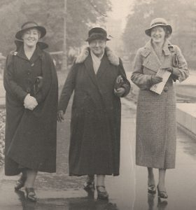 Selina Cooper (centre), Women Against War and Fascism delegation to Munich, Oct 1934 Courtesy of Lancashire Archives, Archive ref: DDX1137 5/120